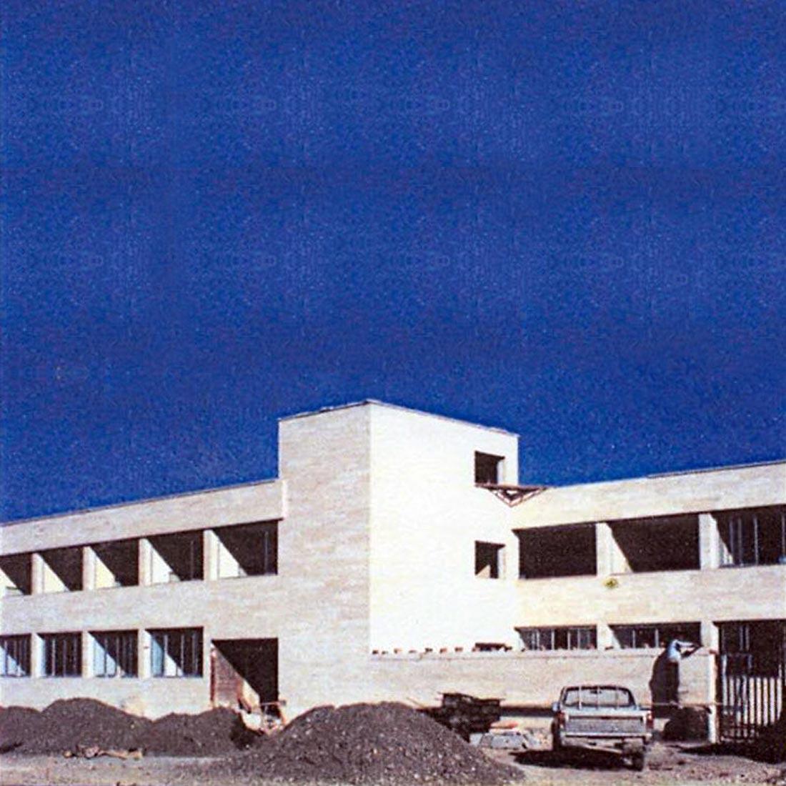 مرکز-پزشکی-درمانی-،-اداری-و-مسکونی-نقده